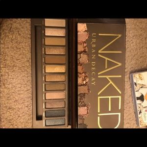 Urban decay naked 1